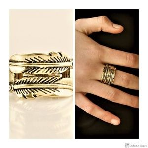 Fearless Flier Ring - Brass Feather Stretch Ring